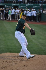 Tommy Milone in 2012 (photo by Jrchun)