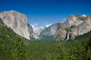 640px-Yosemite_Valley_Tunnel_View